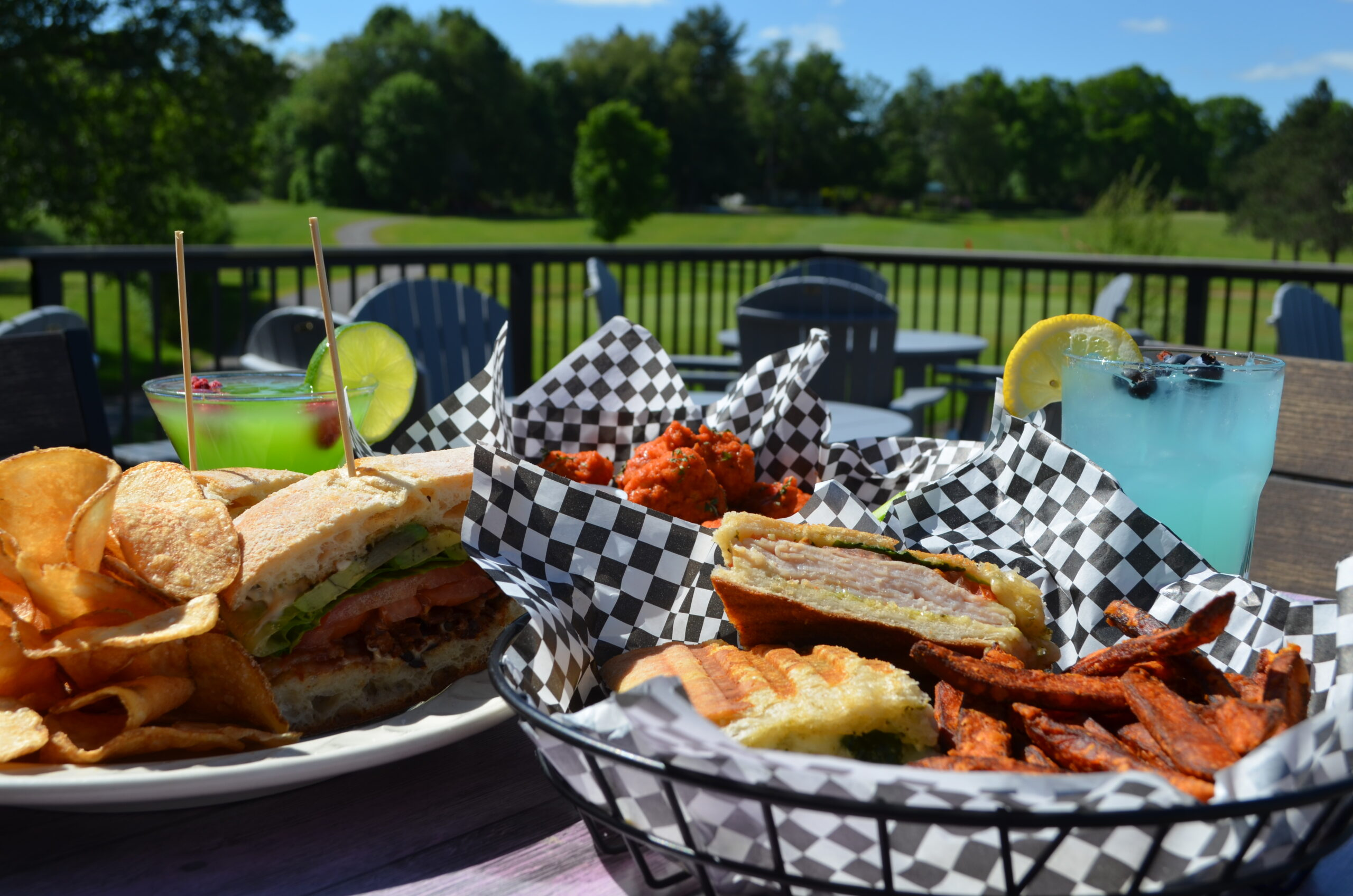 Tin Cup Tavern & Grille